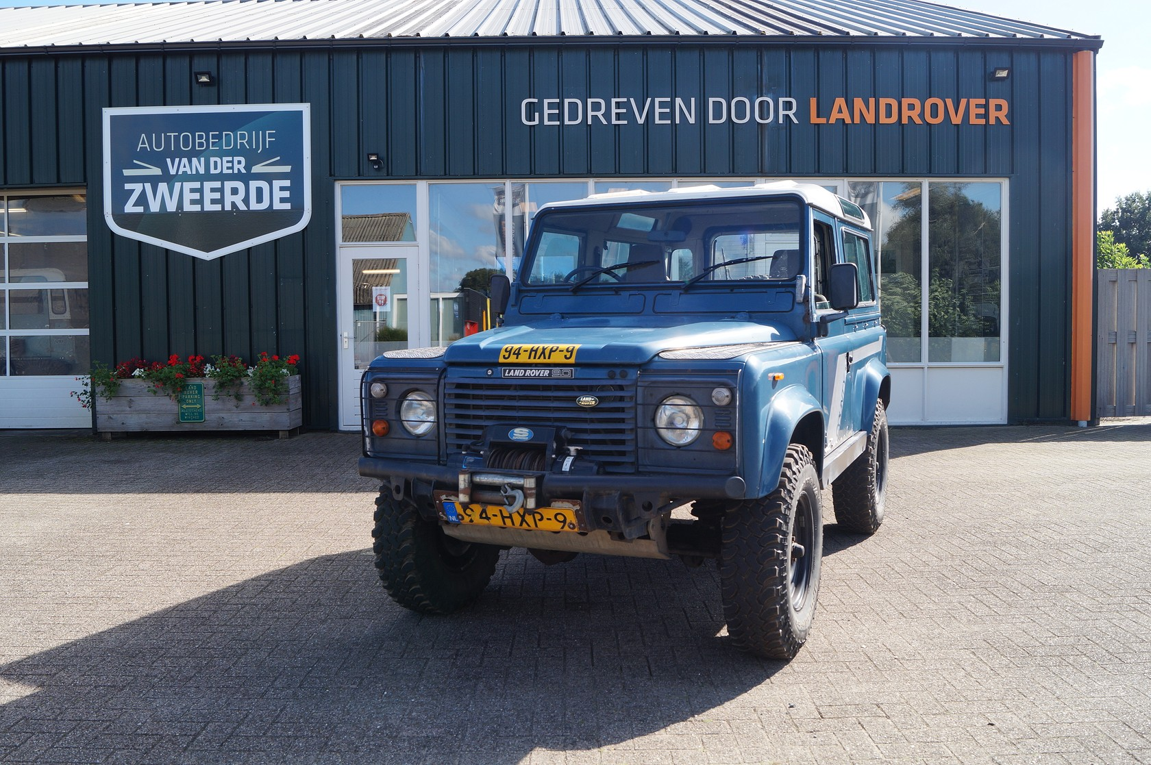 Land Rover Defender 90 Tdi 6 persoons